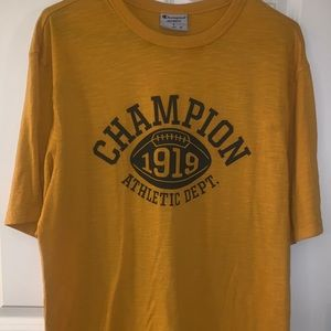 Champion athletics T-shirt